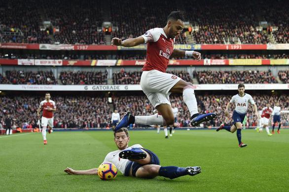 Vòng 4 Giải ngoại hạng Anh: Trận derby khốn khó - Ảnh 1.