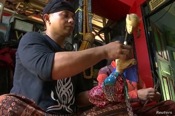 Indonesia: hồi sinh múa rối bóng nhờ con rối 3D và nội dung hiện đại - Ảnh 2.