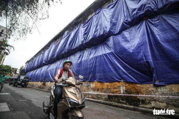 Chủ tịch Hà Nội yêu cầu khẩn trương di dời nhà máy Rạng Đông - Ảnh 1.