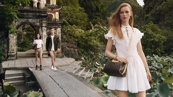Hội An, vịnh Hạ Long, hoa sen Việt vào quảng cáo của Louis Vuitton - Ảnh 4.