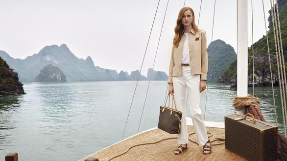 Hội An, vịnh Hạ Long, hoa sen Việt vào quảng cáo của Louis Vuitton - Ảnh 5.