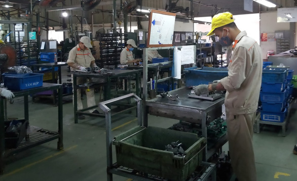 Cơ hội cuối cho công nghiệp ôtô VN? - Kỳ 3: Doanh nghiệp Việt nỗ lực tự bơi - Ảnh 1.