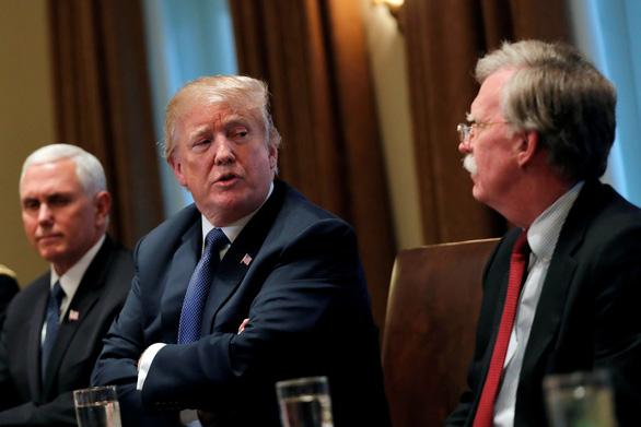 Đuổi xong diều hâu, ông Trump đòi gặp tổng thống Iran ngay trên đất Mỹ - Ảnh 1.