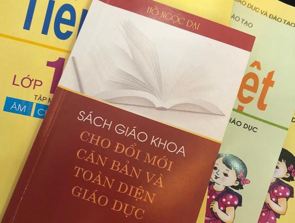 Giáo sư Hồ Ngọc Đại ra mắt sách về đổi mới giáo dục - Ảnh 1.