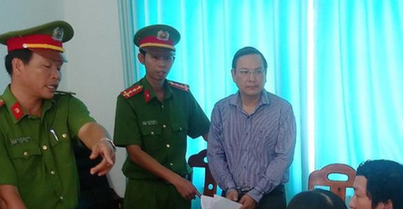 Bắt phó chủ tịch UBND TP Phan Thiết Trần Hoàng Khôi - Ảnh 1.