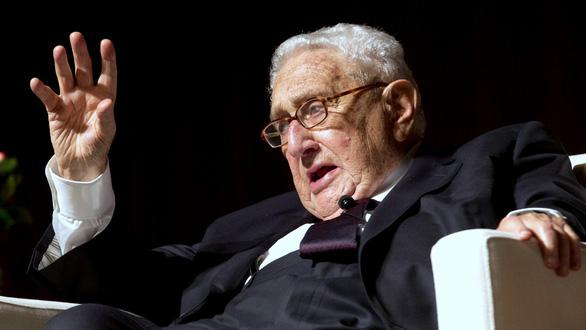 Ông Bolton ra đi, Tổng thống Trump sử dụng 'mô hình Kissinger'? - Ảnh 2.