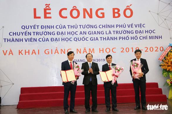Công bố quyết định ĐH An Giang là thành viên ĐH Quốc gia TP.HCM - Ảnh 1.