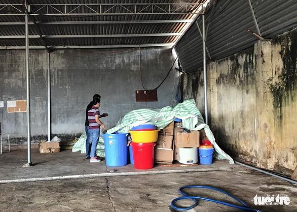 Nhóm người Trung Quốc sản xuất tiền chất ma túy ở Kon Tum chỉ có visa du lịch - Ảnh 2.