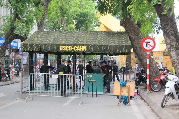 Câu lạc bộ Hà Nội đối mặt án 'treo sân đến hết V-League 2019 - Ảnh 1.