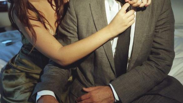 Đi công tác, chết khi quan hệ tình dục với người lạ được coi là... tai nạn nghề nghiệp? - Ảnh 1.