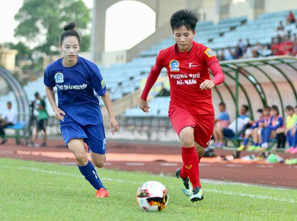 Mưa bàn thắng ở lượt về Giải bóng đá nữ VĐQG 2019 - Ảnh 1.