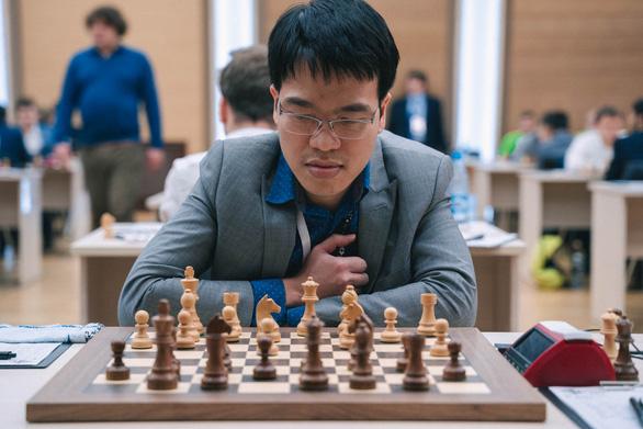 Lê Quang Liêm vào vòng 3 World Cup cờ vua - Ảnh 1.