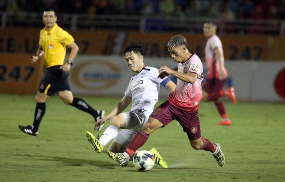 Thua Sài Gòn 1-3, CLB Hoàng Anh Gia Lai đối mặt với nguy cơ đá play-off - Ảnh 5.
