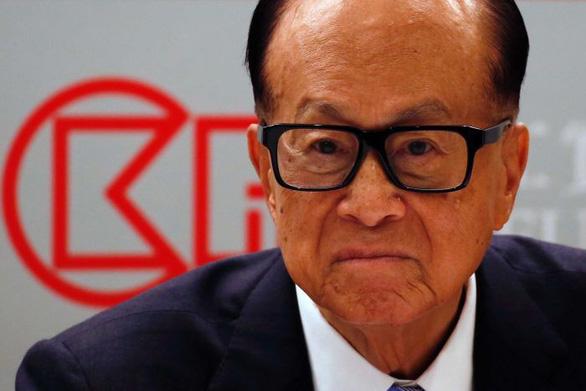 Trung Quốc chỉ trích tỉ phú Hong Kong Lý Gia Thành kêu gọi thương xót người biểu tình - Ảnh 1.