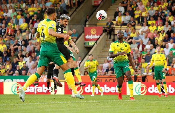 Norwich tạo địa chấn, nhấn chìm ĐKVĐ Man City tại Carrow Road - Ảnh 3.