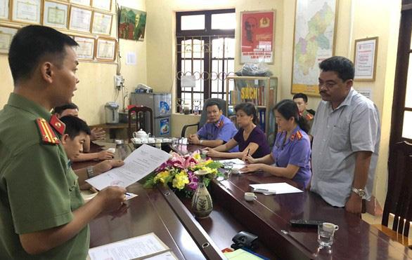Khai trừ Đảng 2 cựu cán bộ Sở Giáo dục - đào tạo Hà Giang - Ảnh 1.