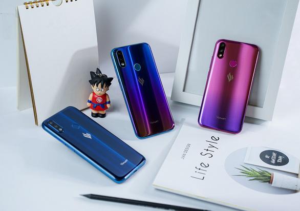 Vingroup tung tiếp điện thoại dưới 4 triệu đồng ra thị trường - Ảnh 1.