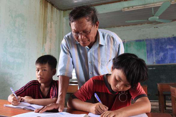 29 năm mở lớp học đặc biệt, để không ai phải thất học như con mình - Ảnh 3.