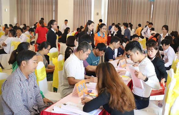 Thêm 335 khách hàng nhận sổ hồng dự án Golden Center City 1 - Ảnh 2.