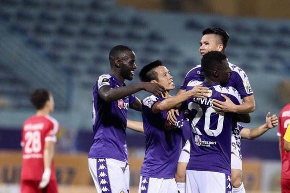 CLB Hà Nội xin đổi lịch thi đấu V-League, chờ ý kiến HLV Park Hang Seo - Ảnh 1.