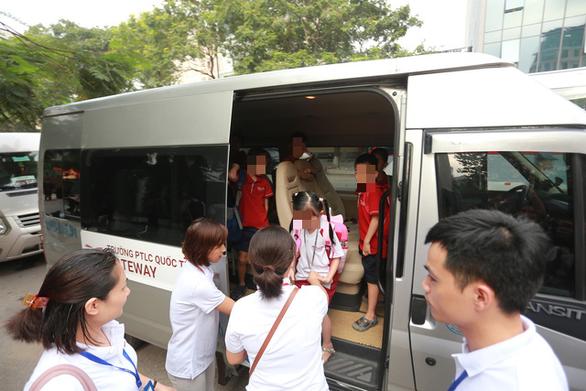 TP.HCM siết chặt quản lý xe đưa đón học sinh - Ảnh 1.
