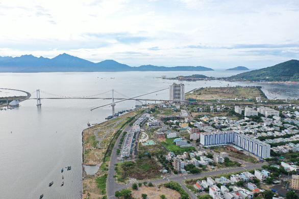 Phê bình Sở Tài nguyên và môi trường Đà Nẵng vì chậm đấu giá 19 khu đất 'vàng' - Ảnh 1.