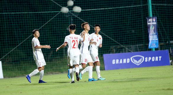 Thắng Mông Cổ 7-0, Việt Nam tiếp tục dẫn đầu vòng loại U16 châu Á 2020 - Ảnh 1.