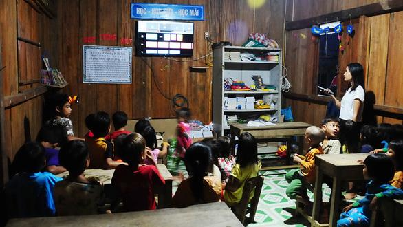 Lớp học ở Tắk Pổ đổi thay từng ngày - Ảnh 3.