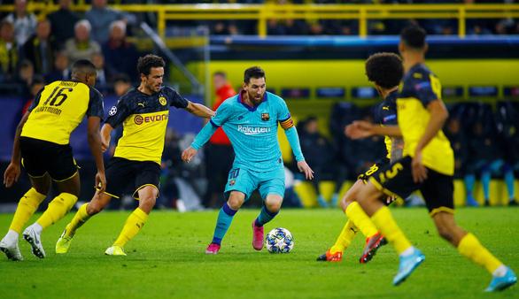 Thủ thành Stegen tỏa sáng, Barca 'thoát chết' trước Dortmund - Ảnh 3.