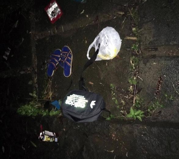 Tìm thấy thi thể hai học sinh lớp 11 tại hồ nước khu du lịch - Ảnh 1.