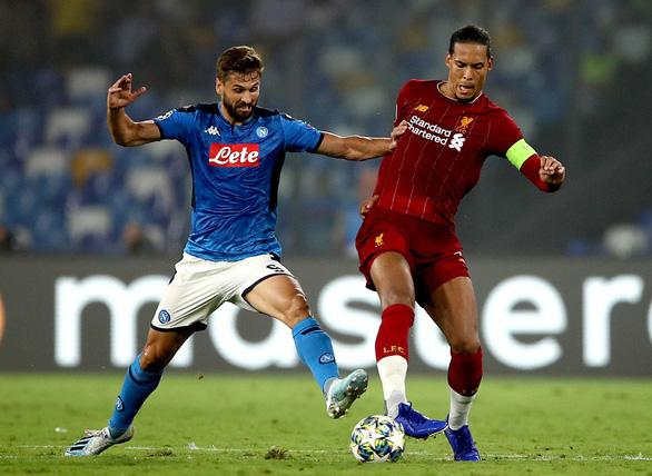 Van Dijk đã mắc bao nhiêu sai lầm khiến Liverpool bị thủng lưới? - Ảnh 1.