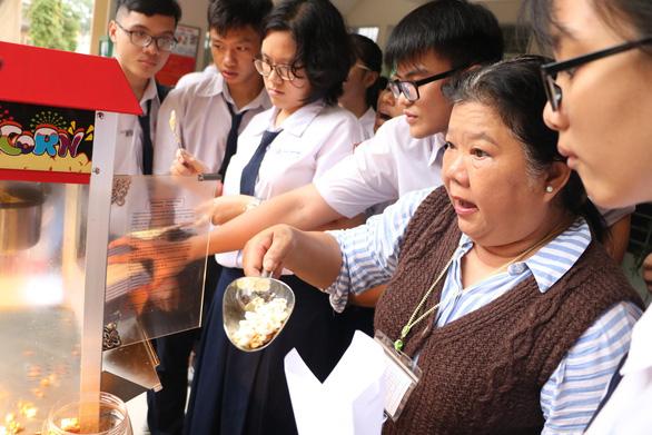 Học sinh làm bắp rang bơ để... học hóa - Ảnh 8.