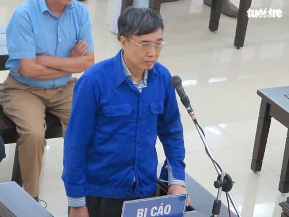 Cựu thứ trưởng Lê Bạch Hồng nhận trách nhiệm vụ gây thất thoát 1.700 tỉ đồng - Ảnh 1.