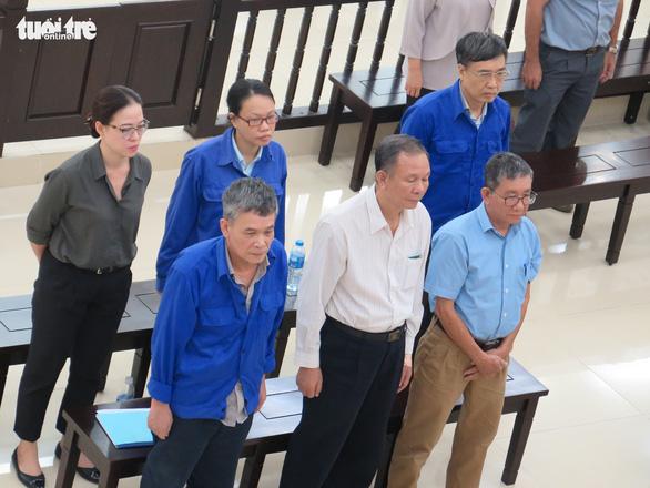 Cựu thứ trưởng Lê Bạch Hồng nhận trách nhiệm vụ gây thất thoát 1.700 tỉ đồng - Ảnh 2.