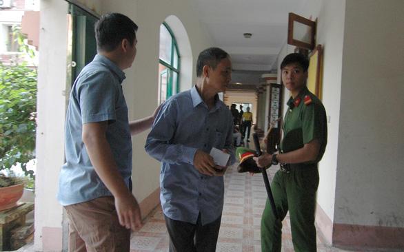 Xét xử vụ gian lận thi cử tại Hà Giang: Tòa triệu tập 176 người - Ảnh 5.