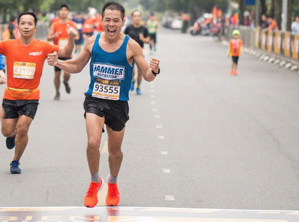 2 VĐV Việt Nam đạt chuẩn dự Boston marathon là bác sĩ và công nhân - Ảnh 1.