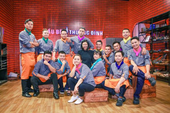 Hoàng Vương là thí sinh đầu tiên cuốn dao rời Top chef Vietnam 2019 - Ảnh 5.
