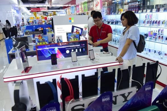 Tích cực M&A, Vingroup chính thức dẫn đầu thị trường bán lẻ hiện đại trong nước - Ảnh 1.