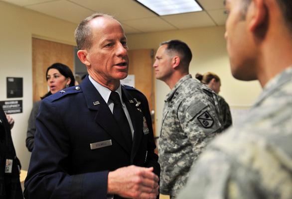 Mỹ nói đã có đối sách với hành vi ức hiếp ở bãi Tư Chính - Ảnh 1.