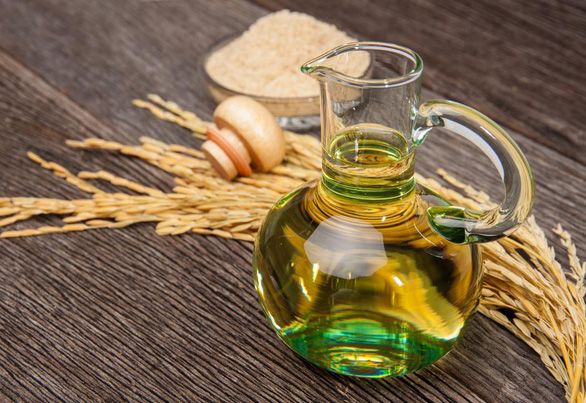 Bên trongmàng cám gạo lứtẩnchứa một loại dầu diệu kỳ - Ảnh 1.