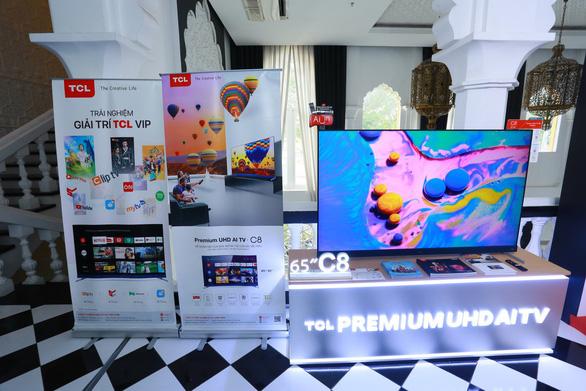 TCL ra mắt tivi Premium UHD AI C8 với công nghệ AI - Ảnh 1.