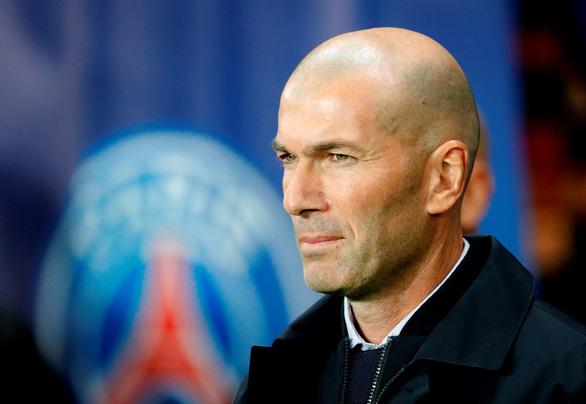 HLV Zidane: 'Đá như vậy với PSG chỉ khiến cuộc sống thêm khó khăn' - Ảnh 1.