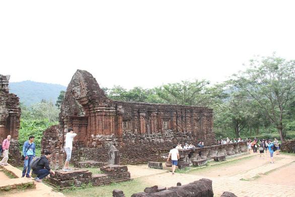 Bí mật các di sản của Quảng Nam - Đà Nẵng - Kỳ 2: Di sản Mỹ Sơn suýt chết chìm - Ảnh 1.