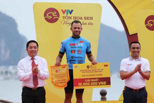 Jordan Parra thắng Im Jae Yeon nửa bánh xe tại TP Hạ Long - Ảnh 4.