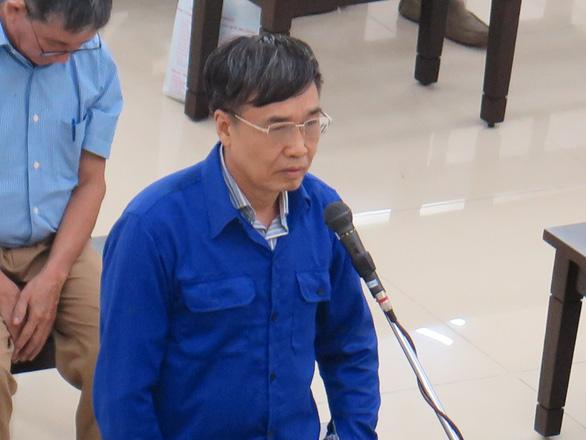 Cựu thứ trưởng Lê Bạch Hồng bị đề nghị mức án 8-9 năm tù - Ảnh 1.