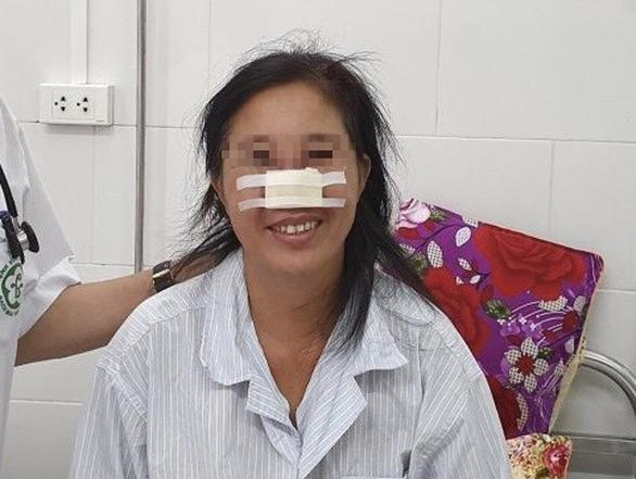 Bệnh nhân bị vi khuẩn Whitmore ăn mũi được ra viện - Ảnh 1.