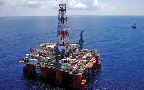 Biển Đông, điểm nóng dầu khí, huyết mạch hàng hải, và gì nữa?   - Ảnh 1.