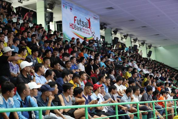 Giải futsal HDBank VĐQG ngày càng thu hút khán giả - Ảnh 2.
