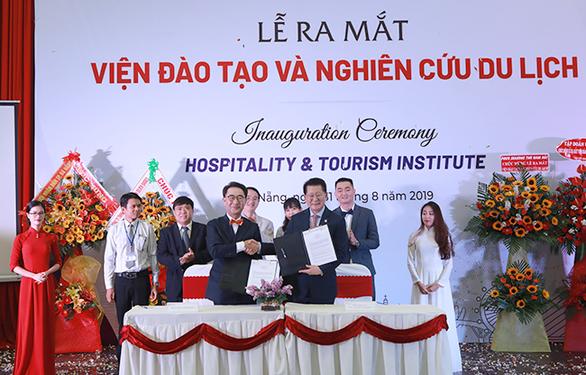ĐH Duy Tân thành lập Viện đào tạo và nghiên cứu du lịch - Ảnh 2.