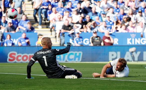 15 phút bùng nổ, Leicester lội ngược dòng hạ đo ván Tottenham - Ảnh 1.